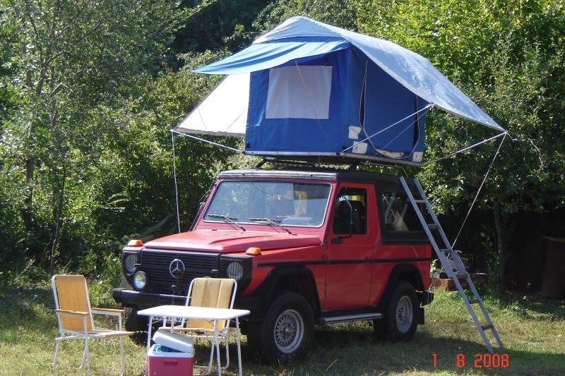 & Roof tent car and van camping